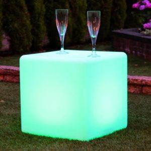La table cube Lumineuse